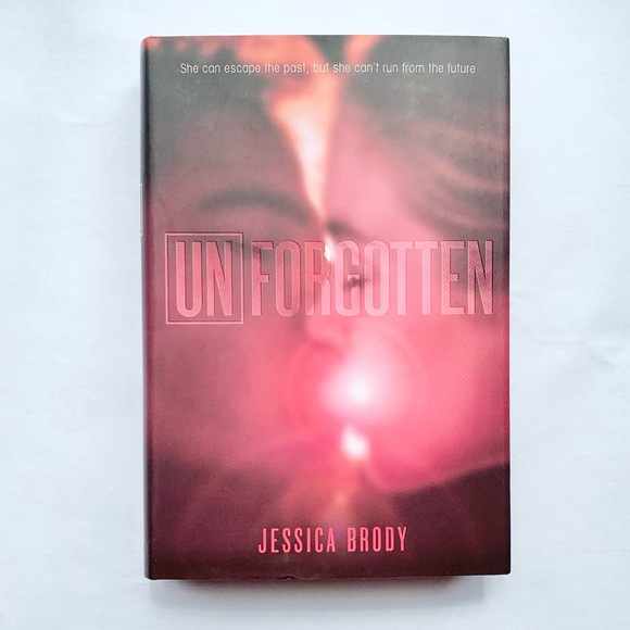 🆕 Unforgotten Hardcover Book by Jessica Brody